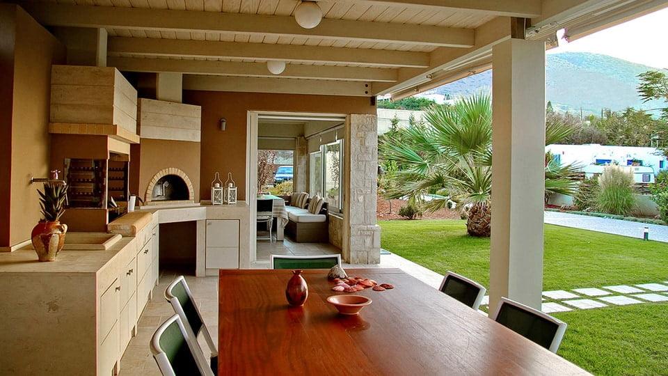 Greek Villa with BBQ