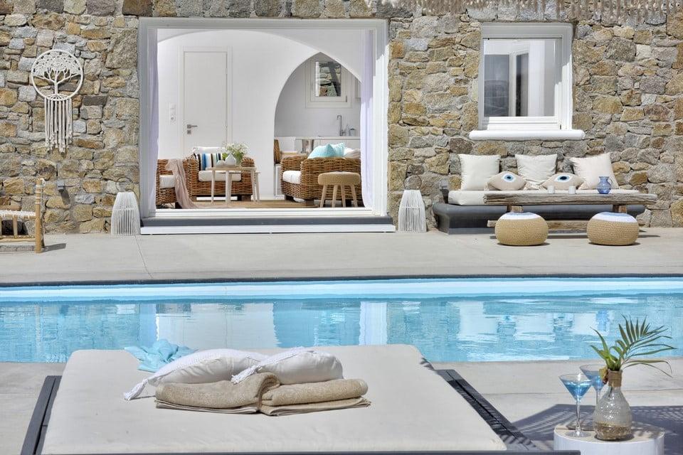 pool villa mykonos