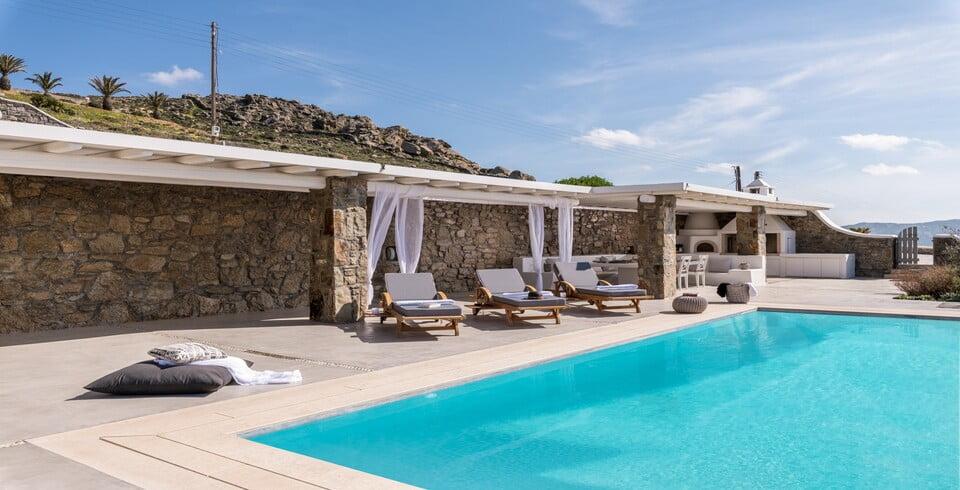 seaview outdoors villa mykonos
