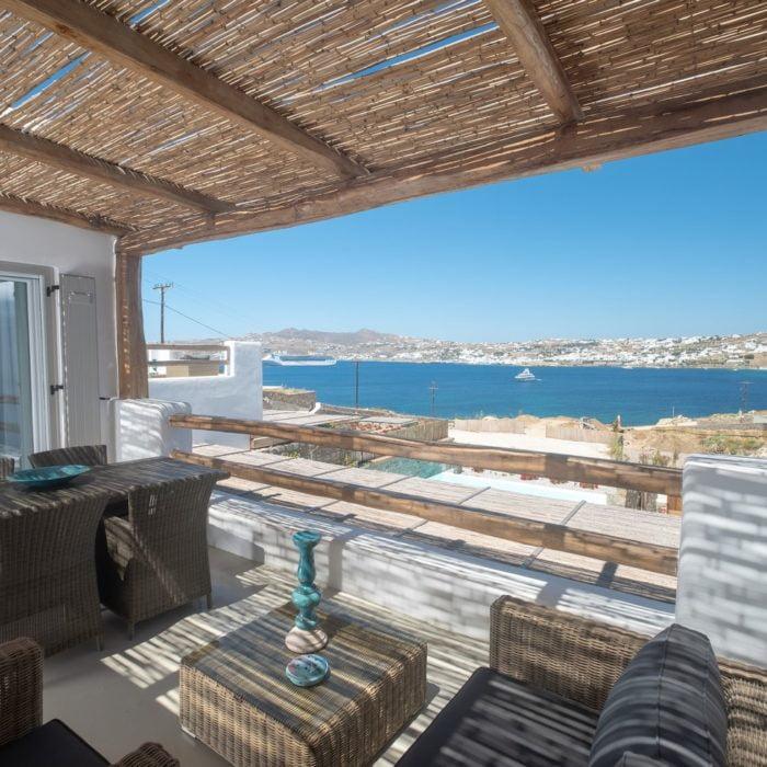 Villa Maroon VI-Exterior 1-Infinity Pool-Traditional-View (Αντιγραφή)
