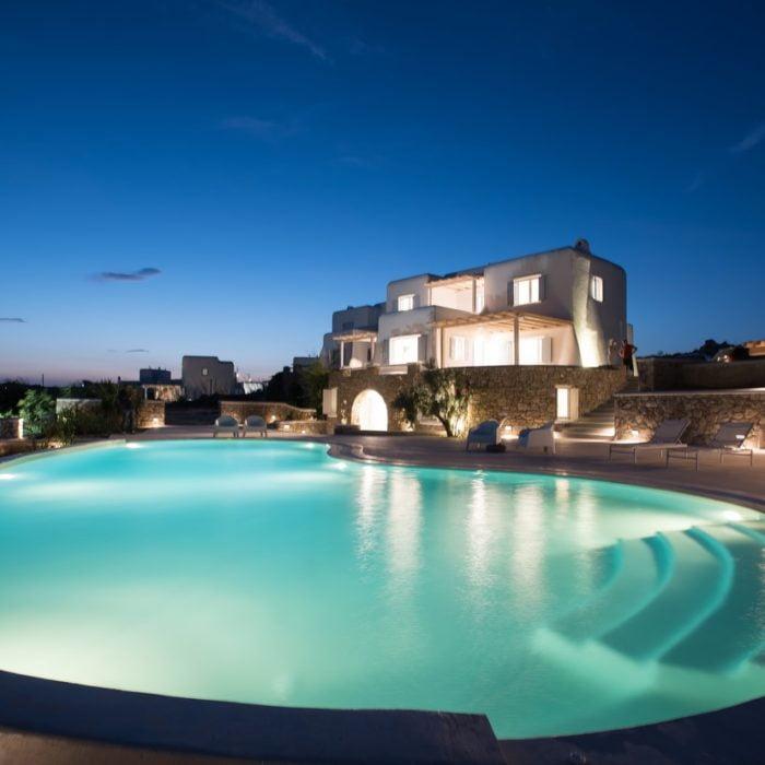 Greek Villa Guide